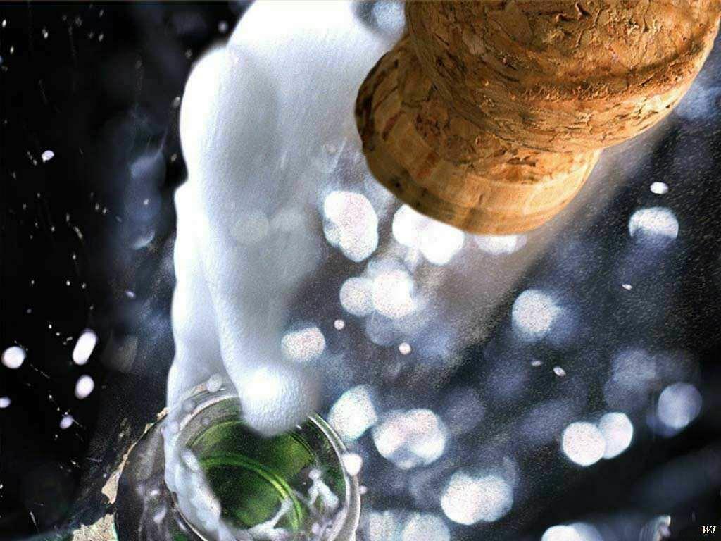 Natale: Coldiretti, con 140 mln di cin cin spumante sorpassa champagne