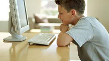 Adolescenti: la dipendenti da videogiochi porta ansia e depressione