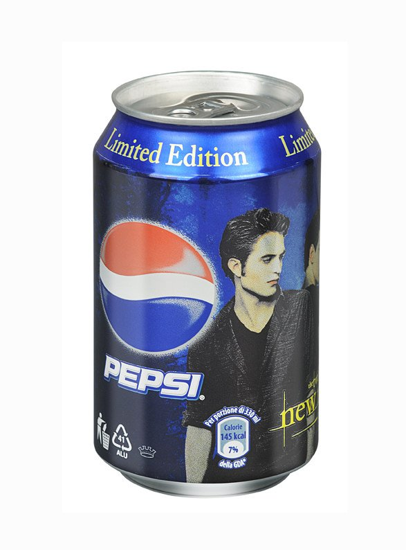 Pepsi presenta la lattina limited edition con i protagonisti del film New Moon