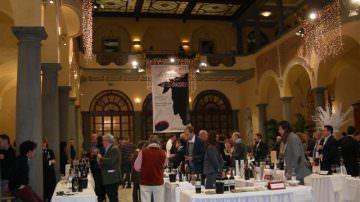 """Un brindisi d'eccellenza per il """"Made in Tuscany"""" con i migliori vini di ben 138 aziende"""