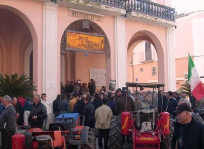 Emilia Romagna: Con 200 trattori a Bologna protesta contro l'abbandono delle campagne