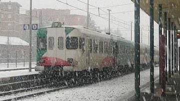 Maltempo: FS, soppressi 350 treni, nessun blocco rete