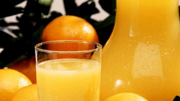 Il succo d'arancia rimedia alla carenza di vitamina D