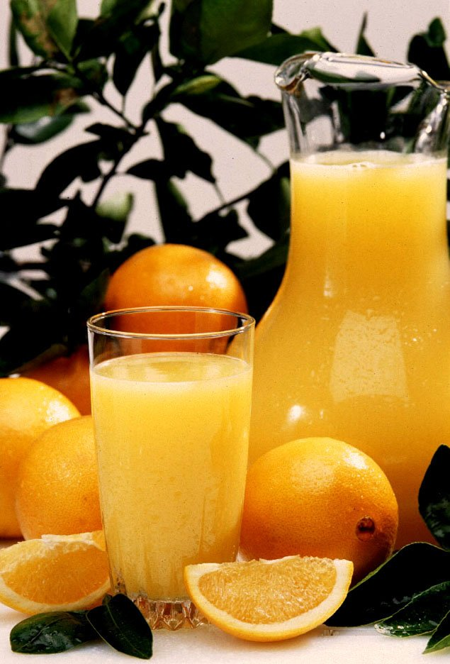Il succo d'arancia rende più belli, curando pelle e capelli