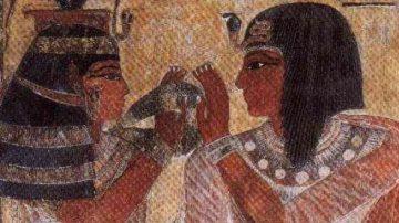 Antico Egitto. I cosmetici proteggevano gli occhi