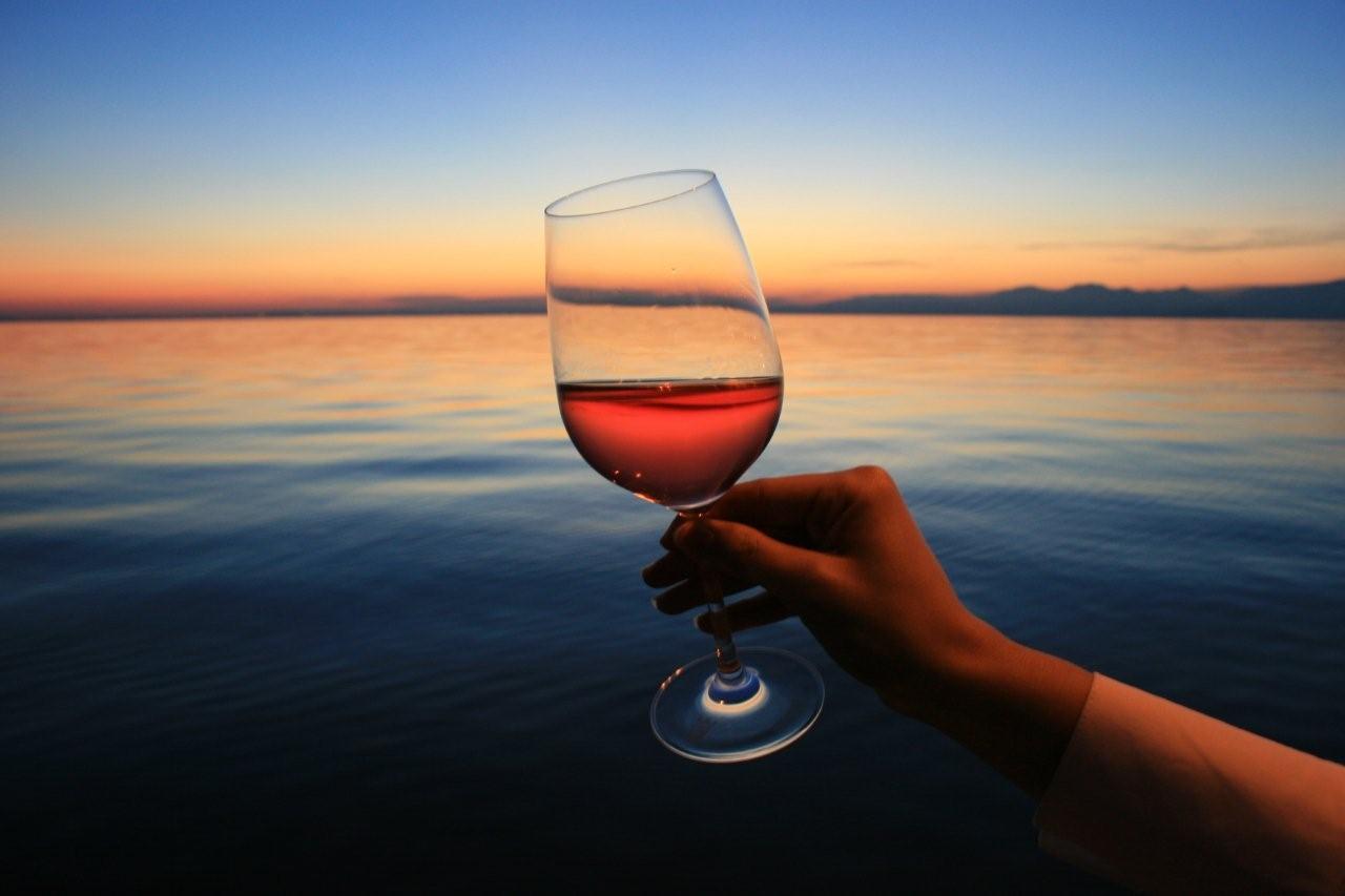 Banco d'assaggio del Bardolino e del Chiaretto, domenica 7 marzo a Lazise, sul lago di Garda