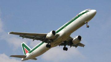 Trasporti aerei: Italia, calano i passeggeri negli aeroporti nel 2009