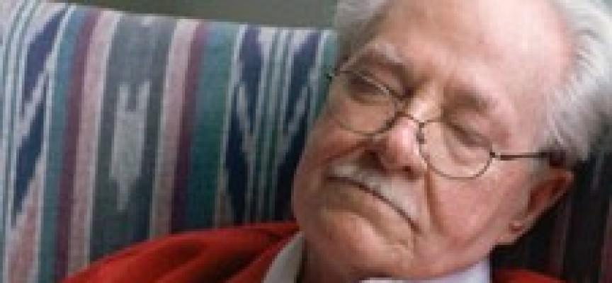 Sonno: più s'invecchia, meno si dorme