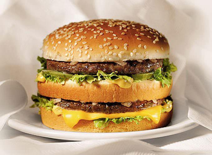 """""""Come rendere bello un panino"""". Da un dirigente, i trucchi di McDonald's"""