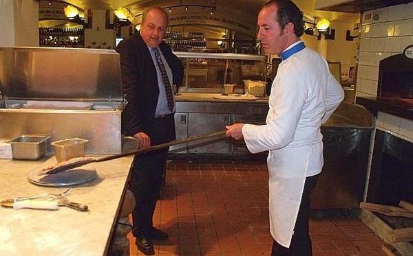 Napoli festeggia la Pizza Stg, ma Zaia non c'è