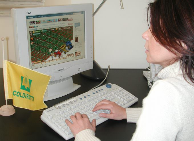 Internet: è boom agricoltori virtuali ma 4 italiani su 10 nell'orto