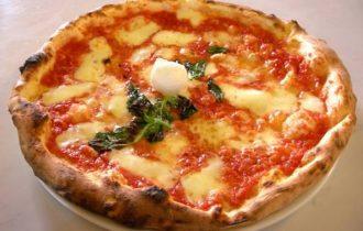 Dalla Puglia, la pizza alla cannabis