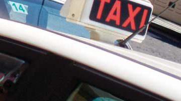 Roma: clienti vanno in ospedale, tassista raddoppia tariffa