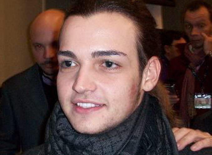 """""""Per tutte le volte che"""": Valerio Scanu ha vinto il 60° Festival della canzone italiana"""
