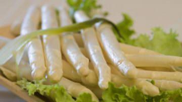 A Bibione dal 23 al 25 aprile e dal 30 aprile al 2 maggio torna il tradizionale appuntamento con la Festa dell'Asparago