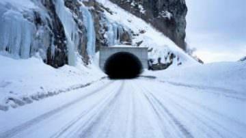 Maltempo: Autostrada Roma-L'Aquila bloccata dalla neve, ma chi ha tenuto conto dell'allerta meteo?