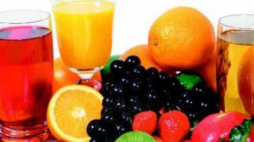 Tanti succhi di frutta, più rischio per l'intestino