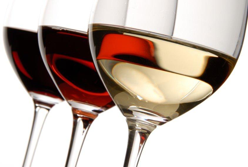 """""""Vino&portici"""": Il primo appuntamento dedicato ai vini di qualità dell'Alto Adige e del Trentino"""