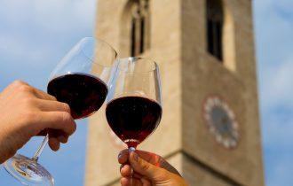 Il vino calamita del turismo