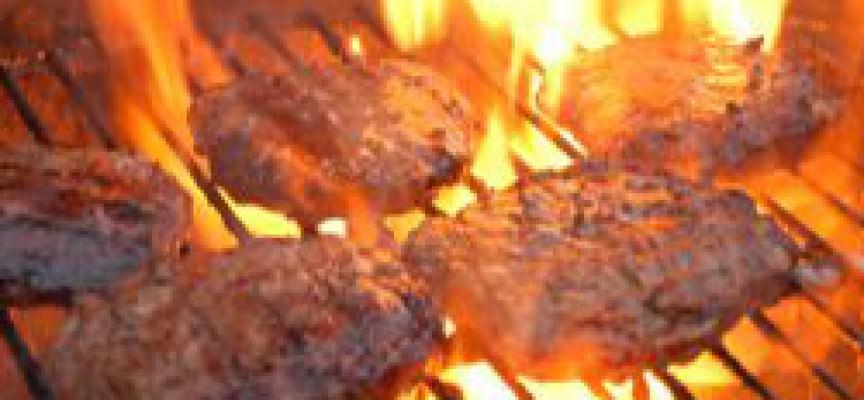 Troppa carne alla griglia favorisce il cancro alla vescica
