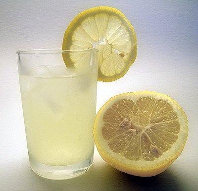 La limonata aiuta a prevenire i calcoli renali