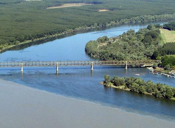 """Turismo fluviale: una cabina di regia per la """"Valle del Fiume Po"""""""
