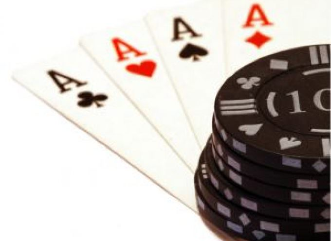 Poker: ecco cosa ne pensano gli italiani
