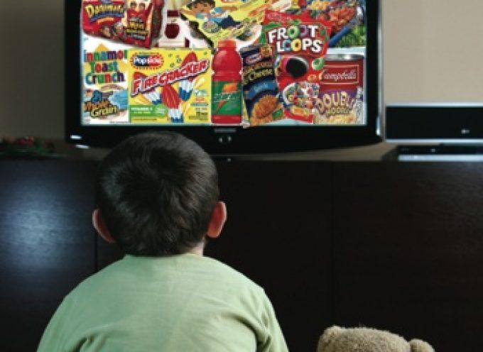 Bambini diabetici: tanta TV, più zucchero nel sangue