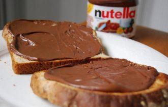 """""""Pubblicità falsa e concorrenza sleale"""": madre americana denuncia la Ferrero"""