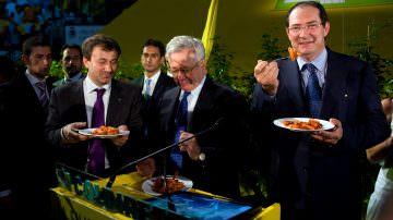 Made in Italy: abbuffata superpomodoro per Tremonti e Sacconi