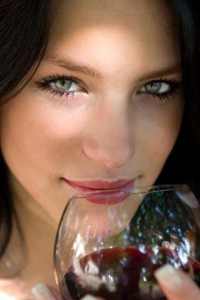 Champagne, bianchi e rossi. Ecco la top ten dei vini della seduzione