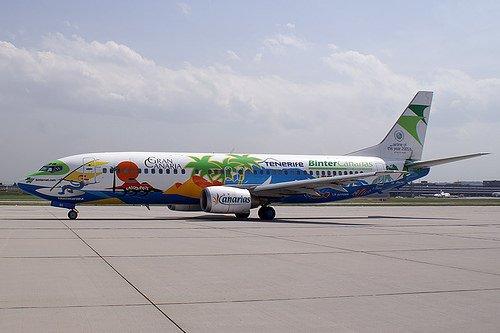 Aerei: volo Canarie cancellato dopo check in, 200 a terra