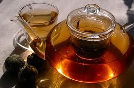 Il tè in commercio meno sano di quello fatto in casa