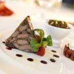 Chef e pasticciere, 33 anni, esperienza ultradecennale presso i migliori ristoranti stellati, esamina proposte