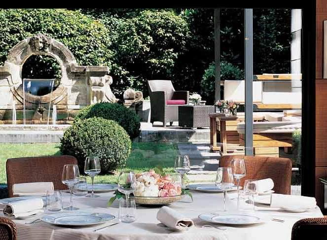 Milano: Menu a basso contenuto calorico al Ristorante Acanto dell'Hotel Principe di Savoia