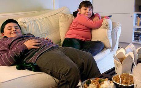 Obesi e sedentari un terzo dei ragazzi italiani