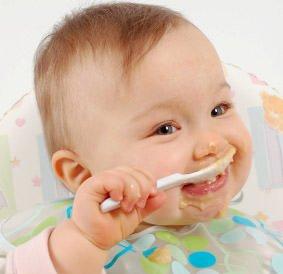 Bimbi: più sono vari gli alimenti durante lo svezzamento, più da aduto apprezzerà tutti i sapori