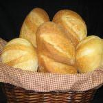 Carboidrati: pane e co. fanno mangiare troppo