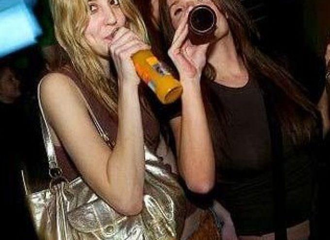 Anoressia più alcolismo: ecco la drunkoressia
