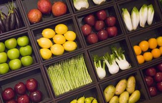 """Frutta e verdura, la """"sporca dozzina"""" dei pesticidi"""