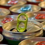 """""""Un pericolo per la salute pubblica"""": la FDA blocca gli energy drink con caffeina ed alcol"""