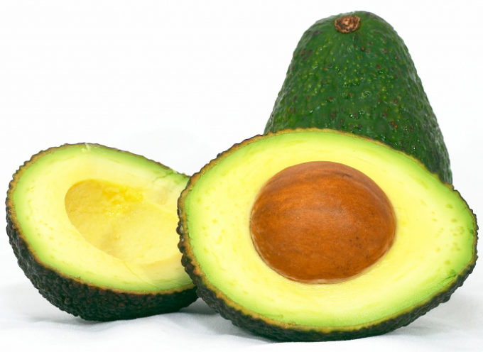 Avocado ed olive rendono più efficace la fecondazione in vitro