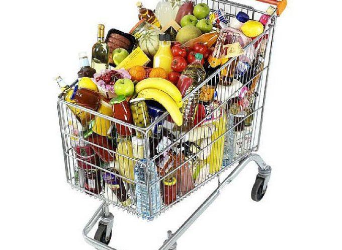 Spesa. Cala il prezzo di frutta e verdura, ma più cari pollo, pesce e maiale