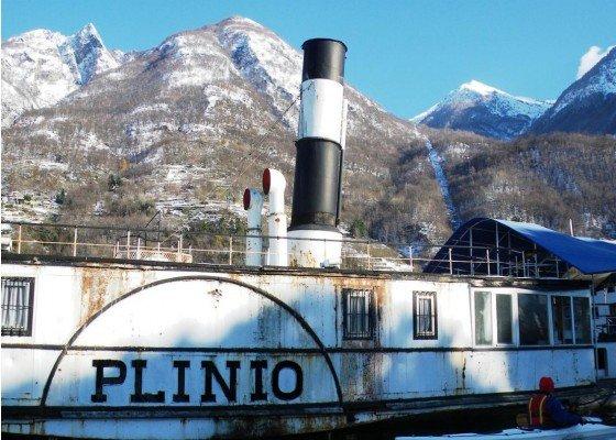 """Como, una città amata dai turisti, nonostante i disservizi ed il """"suicidio"""" di Plinio, il piroscafo"""