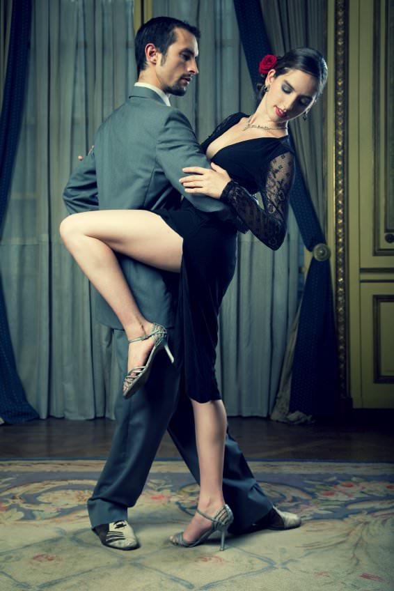 Ballare con i tacchi alti manda i piedi KO