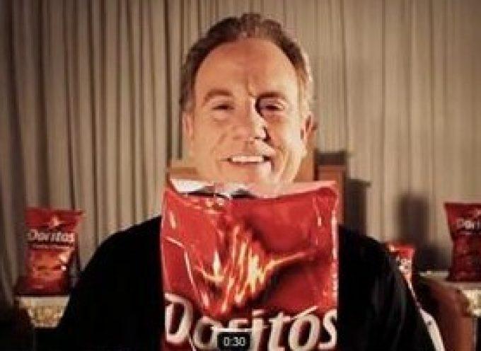 Comunione con Pepsi e Doritos. La pubblicità del Super Bowl fa infuriare i cattolici USA