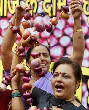 Tra India e Pakistan è scoppiata la guerra degli ortaggi