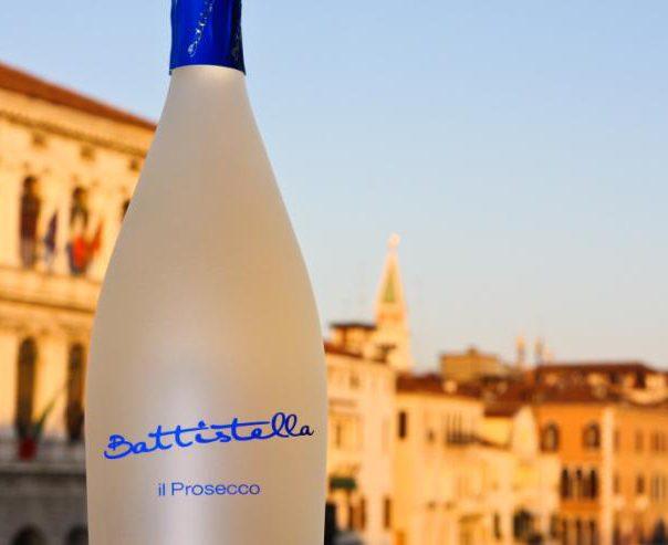 Apre Vinitaly ma Newsfood.com nonostante i 27 inviti delle aziende vinicole, starà fuori a guardare?