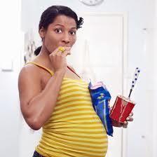 Gravidanza, mangiare per due rovina il cervello dei figli