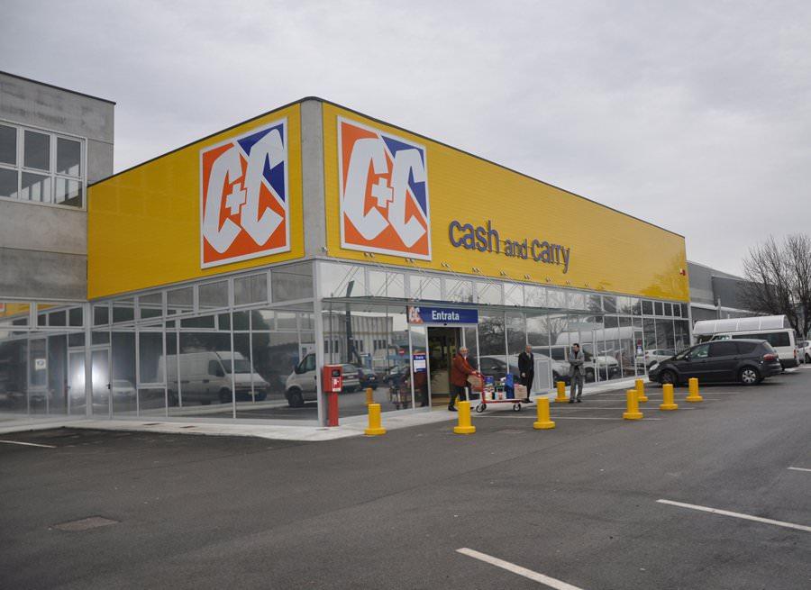 Inaugurazione del nuovo Cash & Carry C C di Rovigo del Gruppo Unicomm